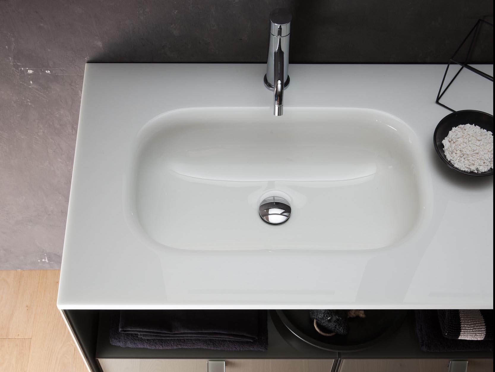 Gut gemocht Glaswaschtisch – robustes Designerstück | badezimmer.com UF36